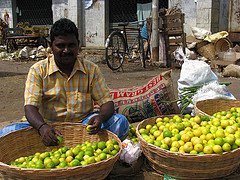 India - Koyambedu Market - Faces 17
