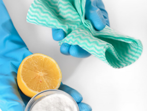 photodune-9557761-lemon-baking-soda-and-cleaning-cloths-xs-cut